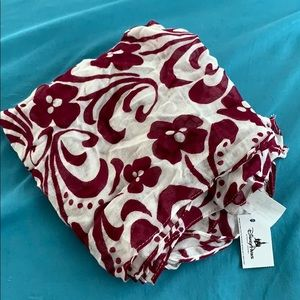 Disney scarf NWT